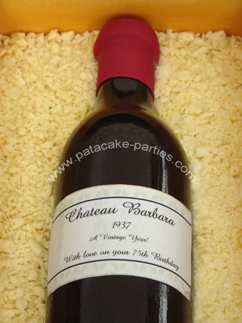 Close-up of the sugar bottle and edible image personalised label.
