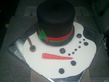 Melted Snowman- carrot cake