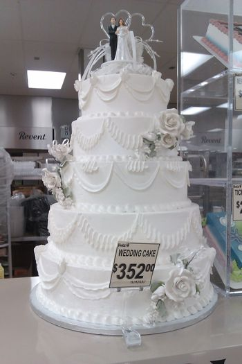 wedding cake costs forget walmart behold wedding cakes cakecentral 8601