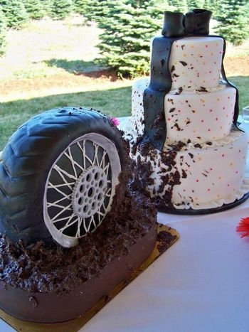 tire wedding cake standing tire wedding cake cakecentral 21031