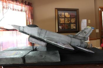 F-16 Retirement cake for a retiring Air Force Msgt.