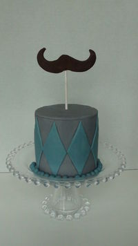 "Little 4"" smash cake. This tiny cake just makes me smile!"