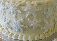 gumpaste snowflakes on SMBC