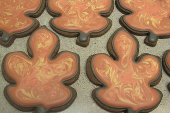 roll out chocolate cookies, royal icing marbeling.