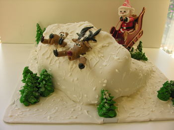 A copy of a Paul Bradford cake that I fell in love with.