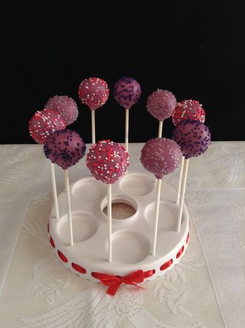 Cherry, lemon and marble cake pops