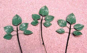 1st gumpaste leaves on wire