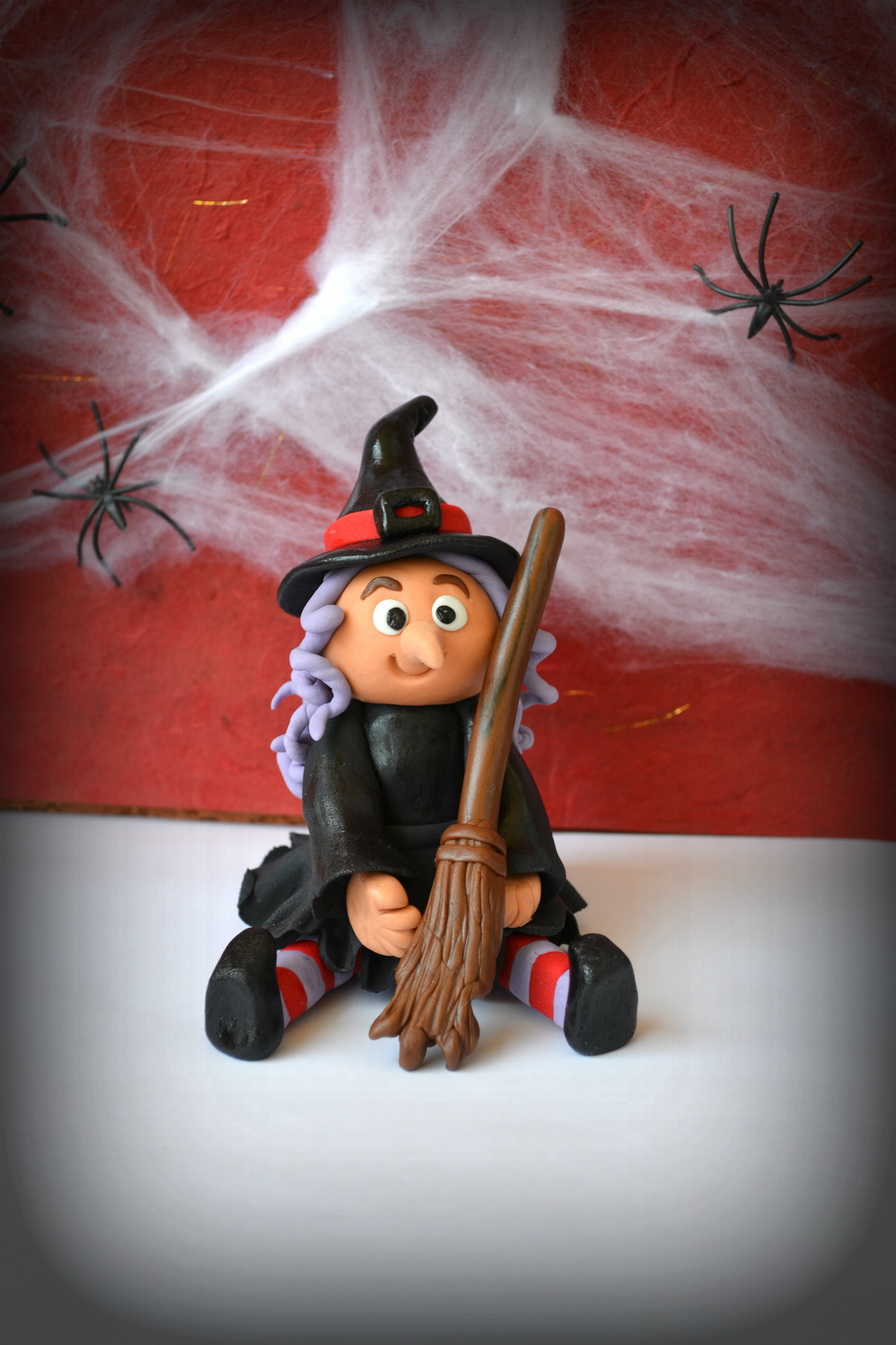 Little edible witch I made for Halloween....I call her Stella :)