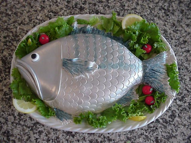 Fish Shaped Cake Decorations