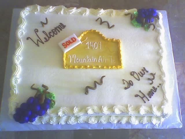 Cake Decorating Ideas For Housewarming : Housewarming Cake Idea? - CakeCentral.com