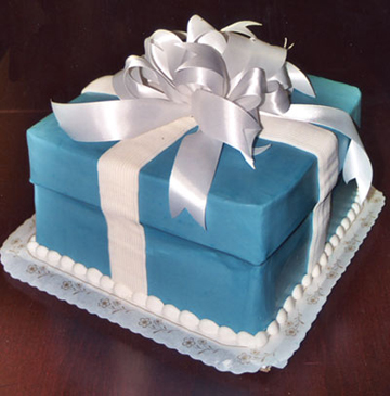Gift box cake lid cakecentral ll negle Choice Image