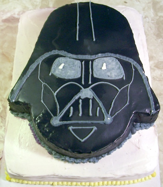 darth vader cake any ideas for a darth vader cake cakecentral 3312