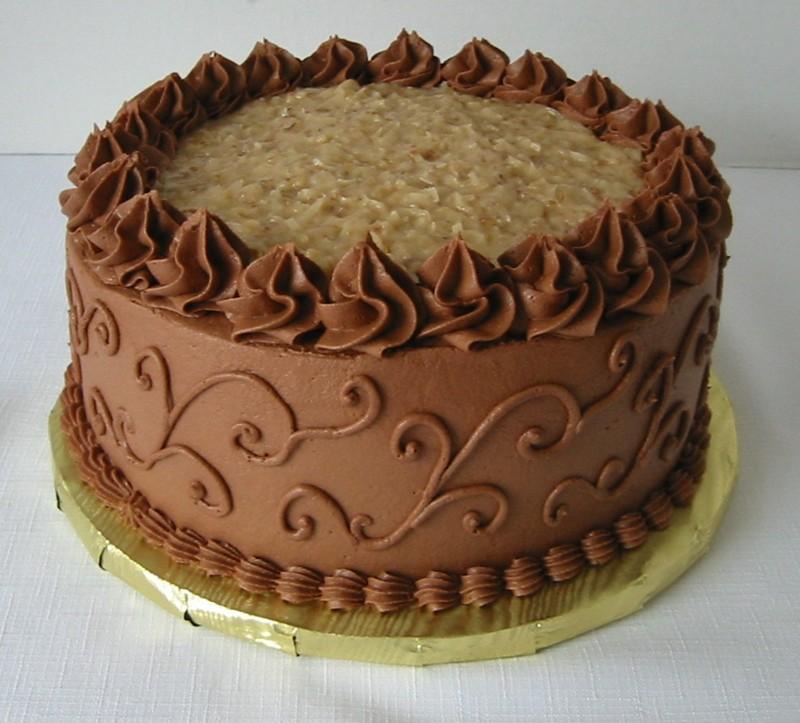 German Choc Cake----Do You Decorate? - CakeCentral.com