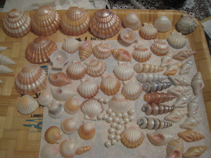 Painting White Chocolate Seashells - CakeCentral.com