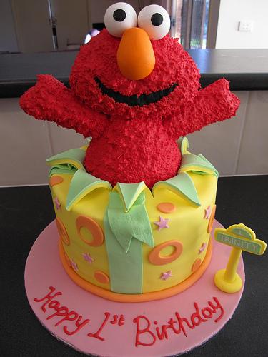 Elmo Help Pls CakeCentralcom