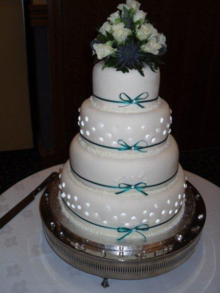 edible diamonds wedding cake edible diamonds cakecentral 13896