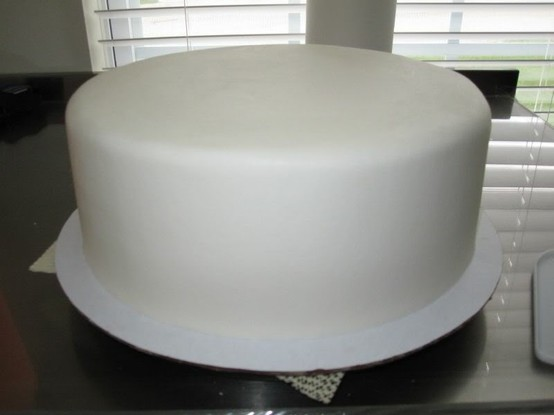 Wax Paper Transfer Technique For Cakes
