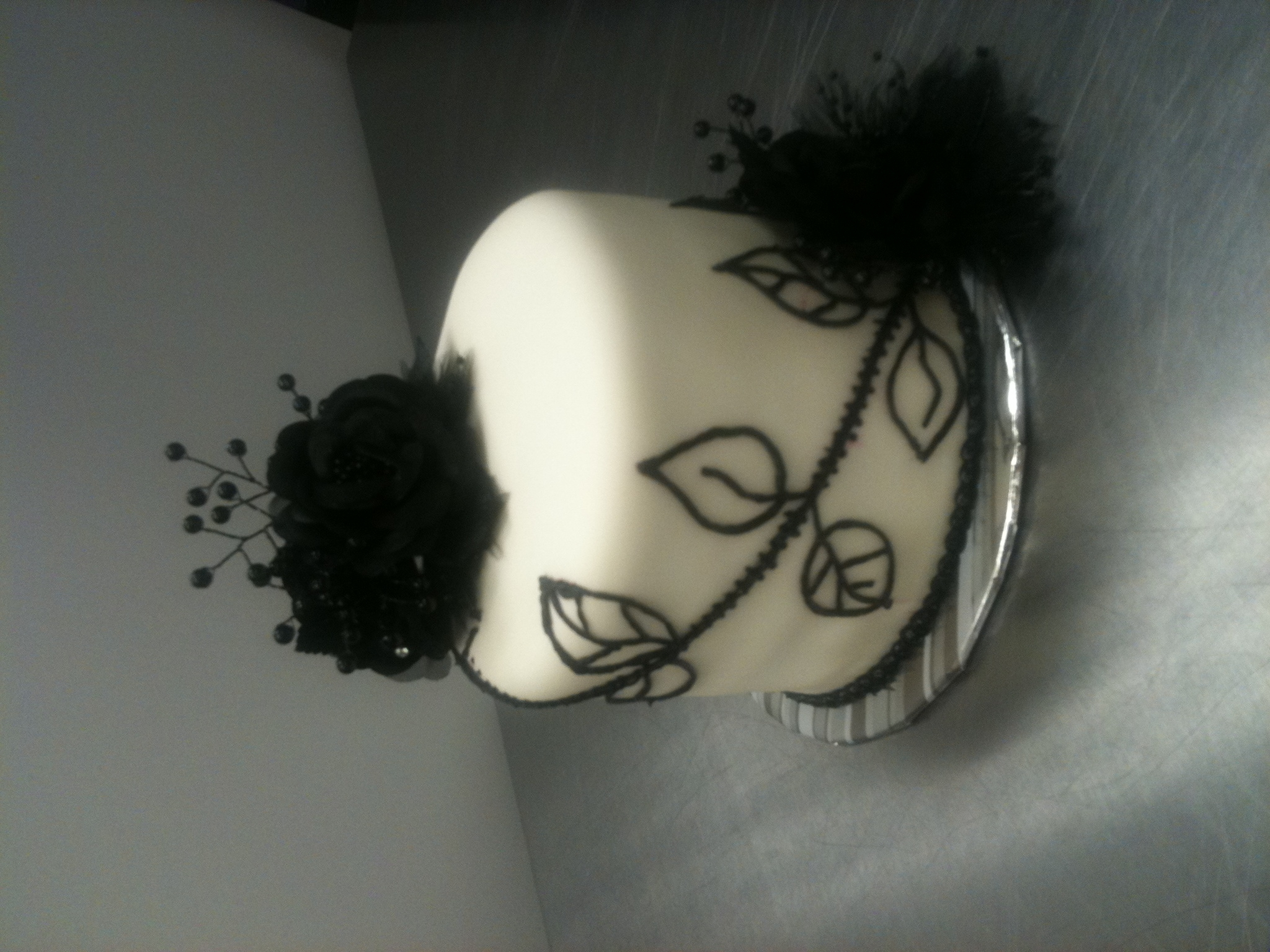 Black and White Cake Topper for Cupcake Wedding