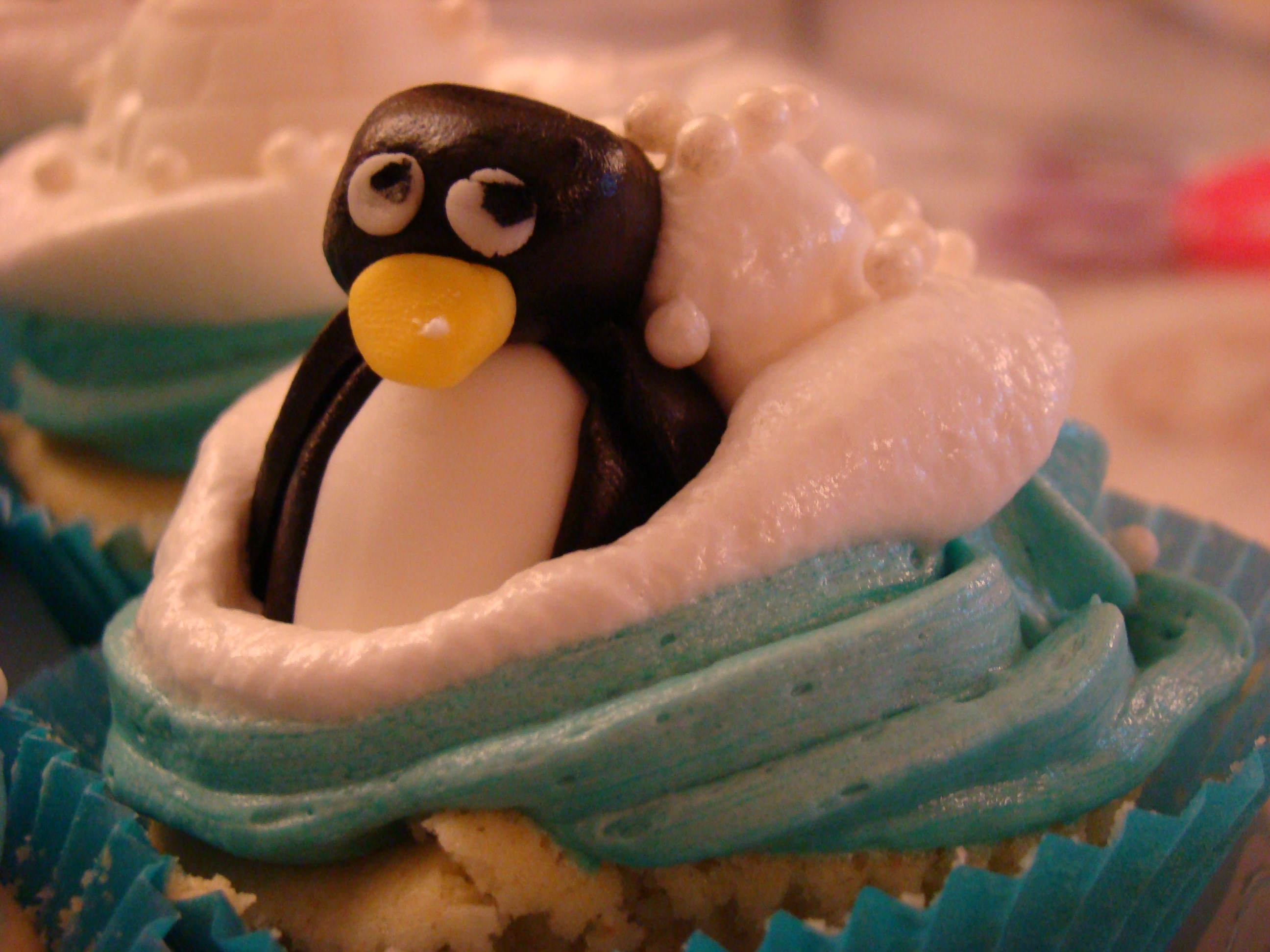 White Meringue and Blue buttercream for those sugar penguins, seals and igloos.