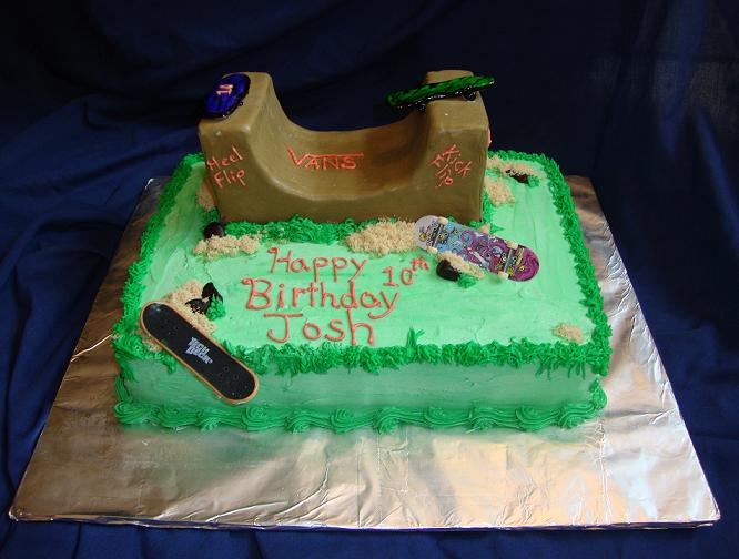 This was a skatepark that i created for a boy who want a skate themed cake. The ramp is not edible as they didnt require that much cake nor was it in their budget. He was very happy with his cake.