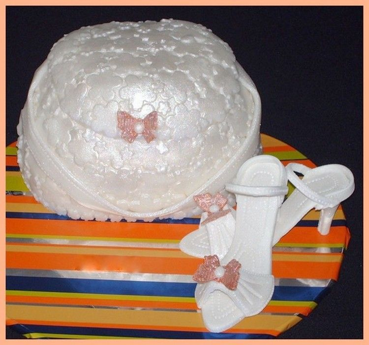 2009 Shoe & Purse Cake Contest